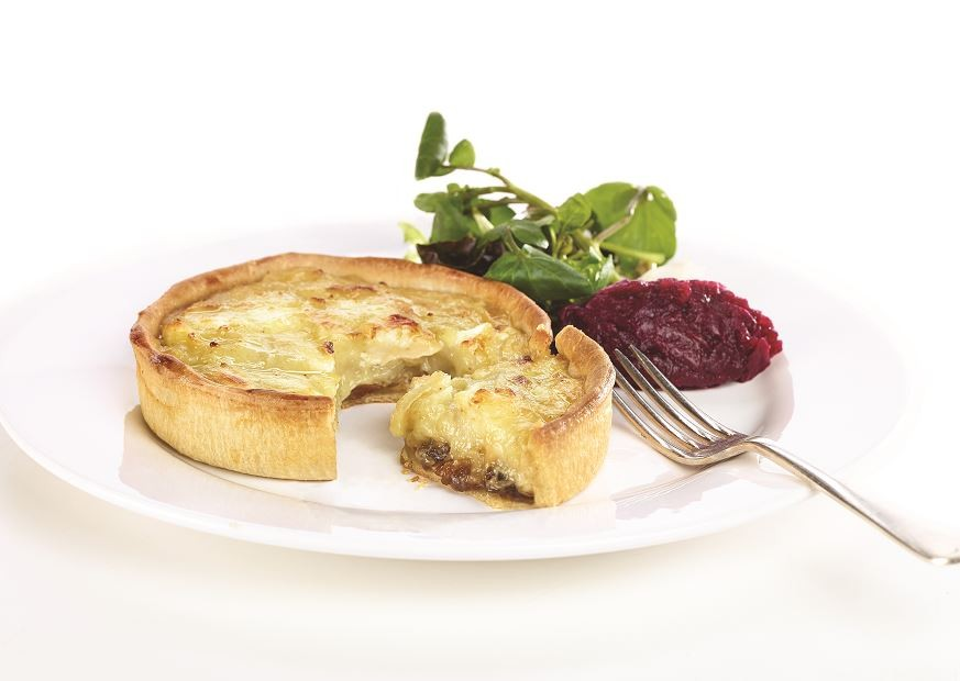 KENTISH MAYDE Goats' Cheese & Caramelised Red Onion Tarts