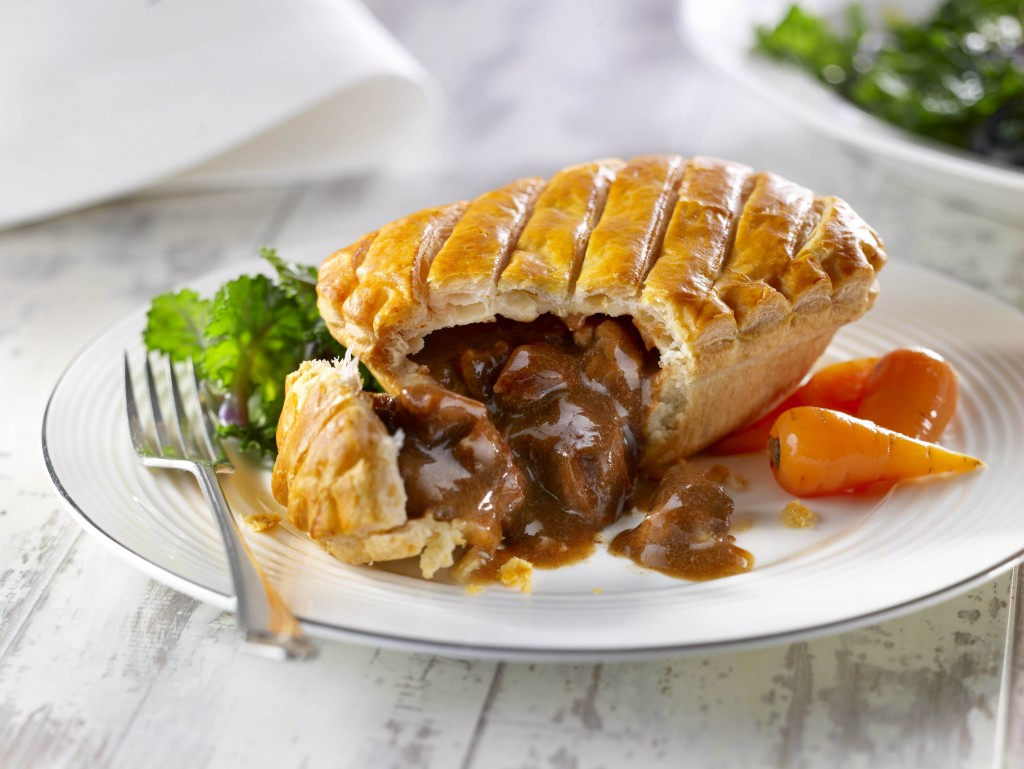 WRIGHTS Steak & Kidney Puff Pastry Pies