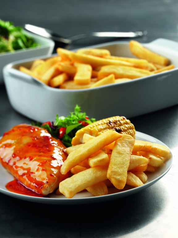 MCCAIN Classics Best of British Beefeater Cut Chips